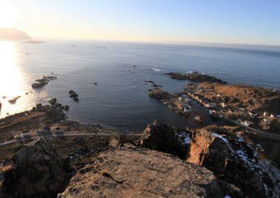 Bilde av Nyksund tatt fra en fjelltopp